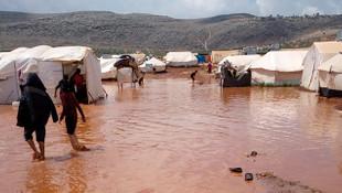 İdlib'de sel ve fırtına nedeniyle 3 çocuk öldü