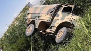 Gaziantep'te askeri araç devrildi: 1'i ağır, 5 asker yaralı