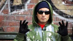 Killa Hakan'ın gözlüksüz ve bandanasız halini gören tanıyamadı
