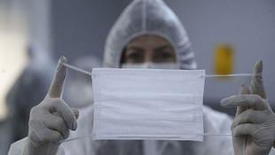 Koronavirüste tehlikenin yeni adı: Maske ve eldivenler!
