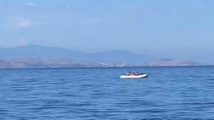 Türk kara sularına itilen 24 sığınmacı kurtarıldı