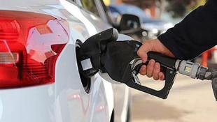 Bugün benzin alanlara kötü haber! Benzine indirim geldi
