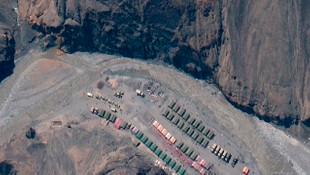 Çin Hindistan sınırında şaşırtan uydu görüntüleri