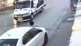 İstanbul'da çekici ile otomobil hırsızlığı kamerada!