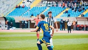 Fenerbahçe'den ikinci transfer! İsmail Yüksek sonrası...