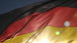 Almanya'da flaş karar! ''Eektrikli şarj'' zorunluluğu