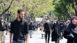 İran'da son 24 saatte 3 bin 574 koronavirüs vakası tespit edildi