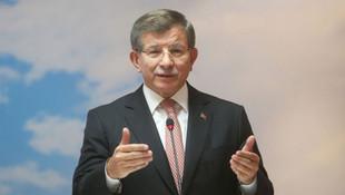 Davutoğlu'ndan Erdoğan'a yasak eleştirisi: Yönetim krizi var