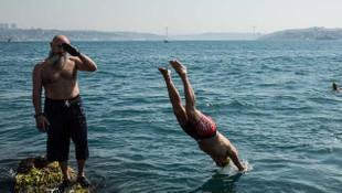 ''Sarayburnu Fatihleri'' iki buçuk ay sonra ilk kez denizle buluştu