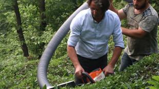 Çay üreticisinden devrim niteliğinde buluş: ''Vakkum çay toplama makinesi''