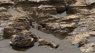 NASA'nın çektiği fotoğraf, Mars'ta hayat olduğunu kanıtladı