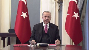 Erdoğan: ''Sosyal medya tamamen kaldırılmalı, kontrol edilmeli''