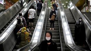 İran'da koronavirüste ikinci dalga devam ediyor