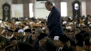 Erdoğan'dan ''Ayasofya'da ilk namazı siz kıldırın'' önerisine yanıt