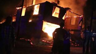 Kahrolduk! Yangında 2 çocuk yaşamını yitirdi