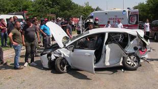 Konya'da taksi ile otomobil çarpıştı: 1 ölü, 5 yaralı