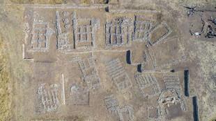 12 bin yıllık Çayönü höyüğü ve Hilar mağaraları ziyaretçilerini büyülüyor