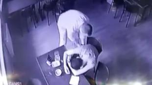 Birlikte alkol aldığı arkadaşını soydu!