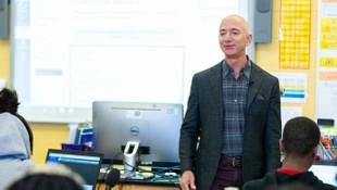 Amazon'un kurucusu Jeff Bezos servetine servet kattı!