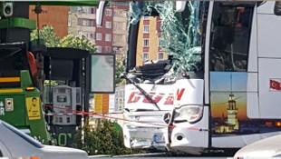 Yolcu otobüsü benzin istasyonuna daldı! Faciadan son anda dönüldü