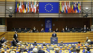 Avrupa Parlamentosu bütçe için daha fazla kaynak talep etti