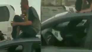 Trafik magandası ayağıyla araç sürdü