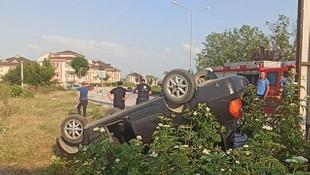 Kaza yapan alkollü sürücü, otomobili bırakıp kaçtı