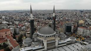 Taksim Camii inşaatında son durum... Şerefesi göründü