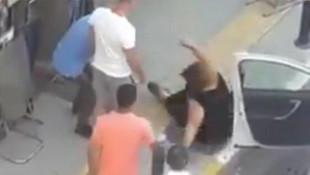 Otomobilini park eden kadına şiddet! Sosyal medyada tepki çekti