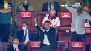 Trabzonspor Başkanı Ahmet Ağaoğlu'ndan tepki çeken hareket