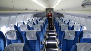 Yolcu uçağında rezalet: Kirli çocuk bezini...