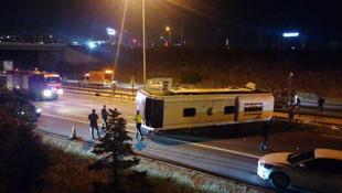 Metro'nun otobüsü devrildi, 1 kişi öldü