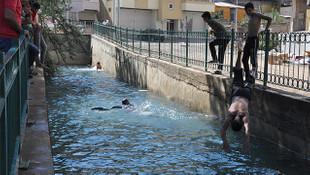 Gaziantep'te derede serinlemek isteyen çocuklar korkuttu