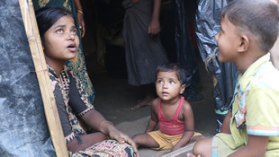 Arakanlı Müslümanlar, kamplarda yaşam mücadelesi veriyor
