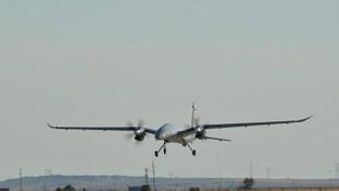 Yerli ve milli AKINCI TİHA ilk uçuş testini tamamladı