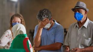 Korona hurafeleri yüzünden yüzlerce insan canından oldu