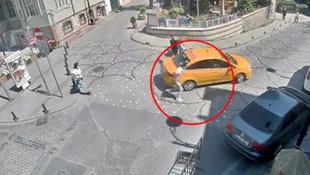 İstanbul'da taksici turistin cep telefonunu çalıp kaçtı