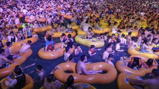 Koronavirüsün ortaya çıktığı Wuhan'da çıldırtan görüntü!