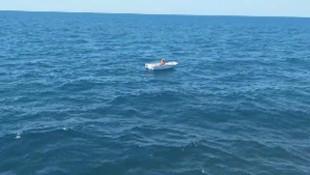 Denizin ortasında mahsur kalan balıkçı, çiğ balık yiyerek hayatta kalmış