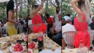 Koronavirüse rağmen dansözlü düğün! Ne maske var ne sosyal mesafe