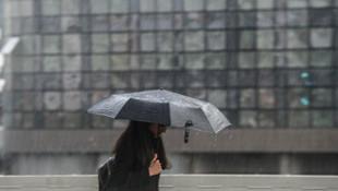 İstanbullular dikkat! Yaz sıcağına yağmur molası!