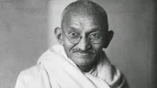 Gandhi'nin gözlüğü 2.5 milyon liraya satıldı