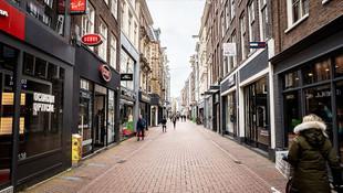 Hollanda'da koronavirüs vaka sayısı patladı!
