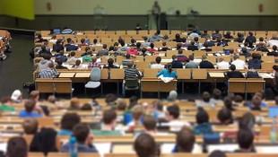Bilim Kurulu Üyesi Ceyhan'dan üniversiteler için ''uzaktan eğitim'' önerisi