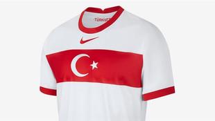 Türkiye A Milli Takımın yeni forması tartışma yarattı