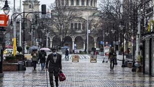 Bulgaristan, Türkiye'den gelenlere karantina uygulamasını kaldırdı