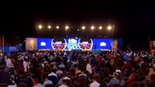 Yasaklar ertelendi, Erdoğan konuştu, yüzlerce kişi katıldı