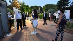 Kadıköy'de ''Sanat Parkta'' devam edecek