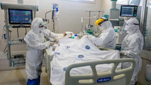 Koronavirüs hastalarının yaşamı 30 santimetrelik hortumun ucunda