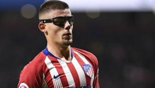 Beşiktaş yıldız stoper transferini resmen açıkladı
